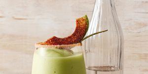 Ferahlatıcı avokado kokteylleri