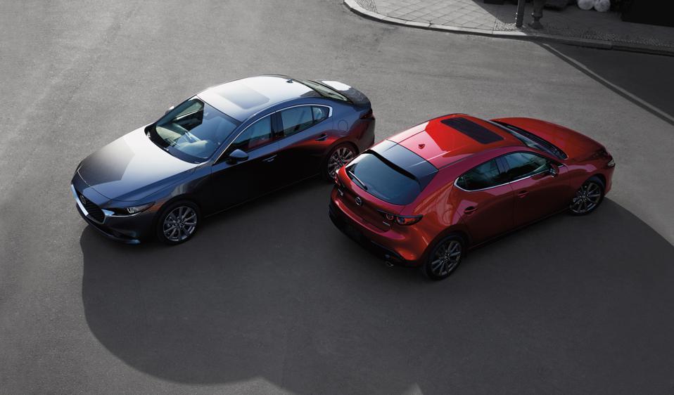 Mazda'nın başarısı kısmen araçlara teknoloji ile aşırı yüklenmemesine atfedildi.