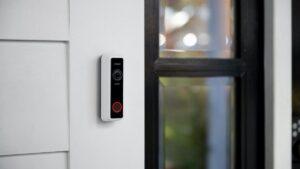 8 ofertas de gadgets del Black Friday en cámaras de timbre, cafeteras, termostatos, enchufes inteligentes y más