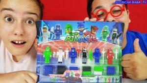 Süper İzem ve Fatih Abi Pijamaskeliler Minecraft Oyuncakları Açıyor | Minecraft Pijamaskeliler