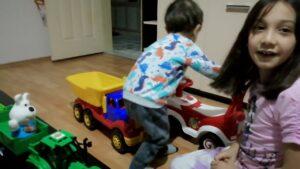 Eren Tayo ve garajları ,Şimşek McQueen ve tırı ve bir çok oyuncak satıyor #eğlenceliçocukvideosu#