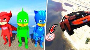 Pijamaskeliler Süper Hızlı Arabalarla Hedefe Atlamayı Deniyor (Çizgi Film Tadında)