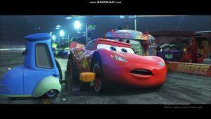 Cars 3-arabalar 3 şimşek mcqueen kaza yapıyor 4k ultra HD