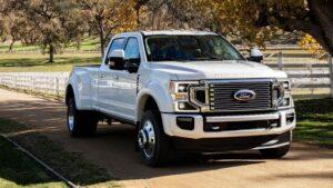 Ford'un çip krizi üretimi durdurdu