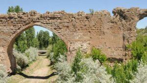 Kayseri'nin tarihi Roma köprüsü yok olma tehlikesiyle karşı karşıya