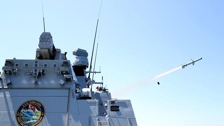 İlk ulusal Atmaca gemisavar füzesi gücünü test etti, teslimatlar başladı